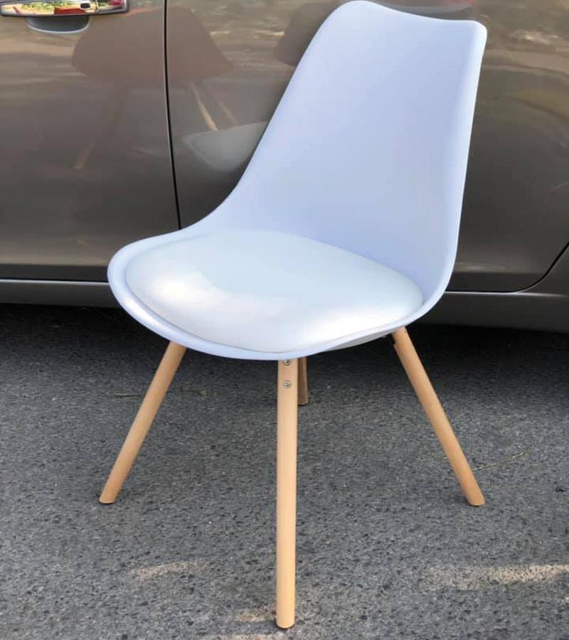 Ghế màu xanh rêu
