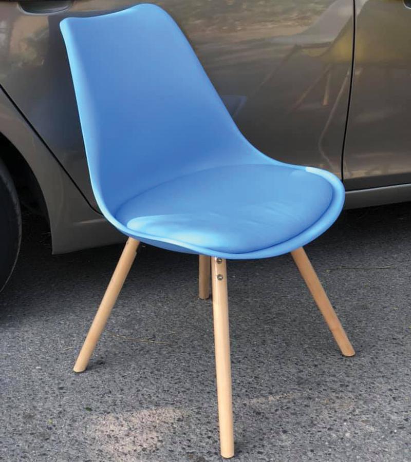 ghế màu xanh lam