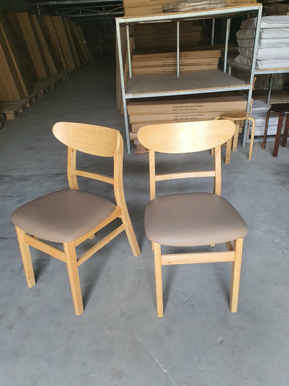 mẫu ghế ăn đang bán chạy nhất hiện nay