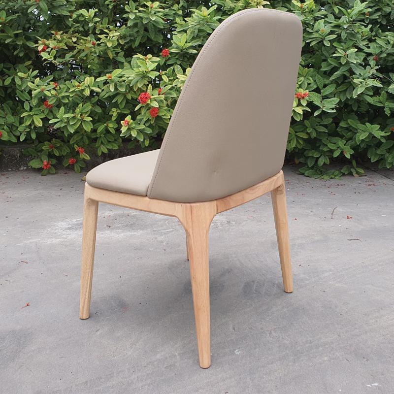 thiết kế lưng ghế rộng uốn cong ôm lưng giúp cảm giác ngồi thoải mái
