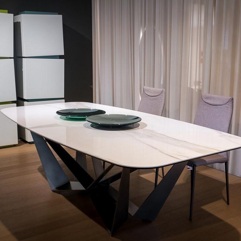 thiết kế mặt bàn ăn đá trắng với vân mây 3D nổi