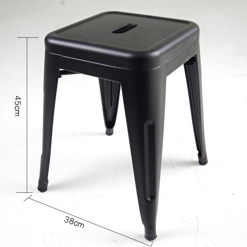 ghế đôn màu đen