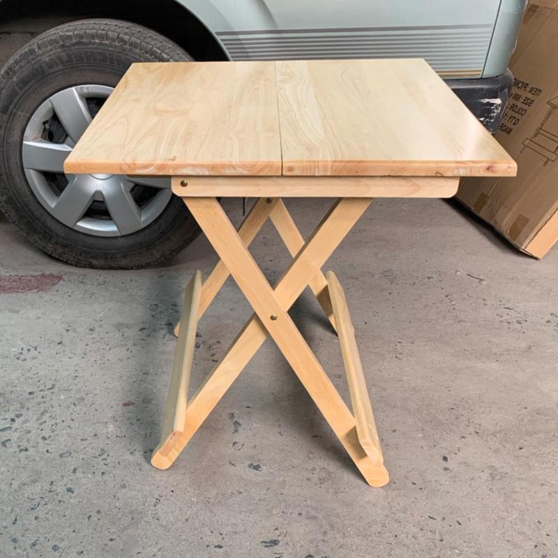 bàn có kích thước 60cm x60cm gấp gọn dễ dàng