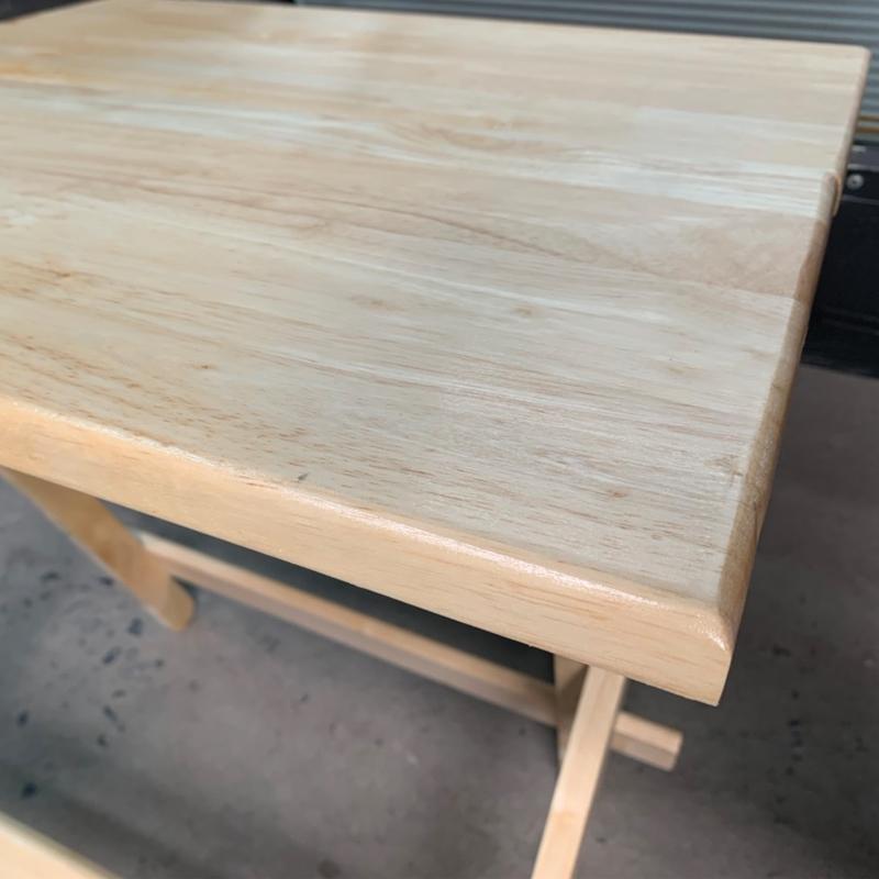 chất liệu mặt bàn chống nước