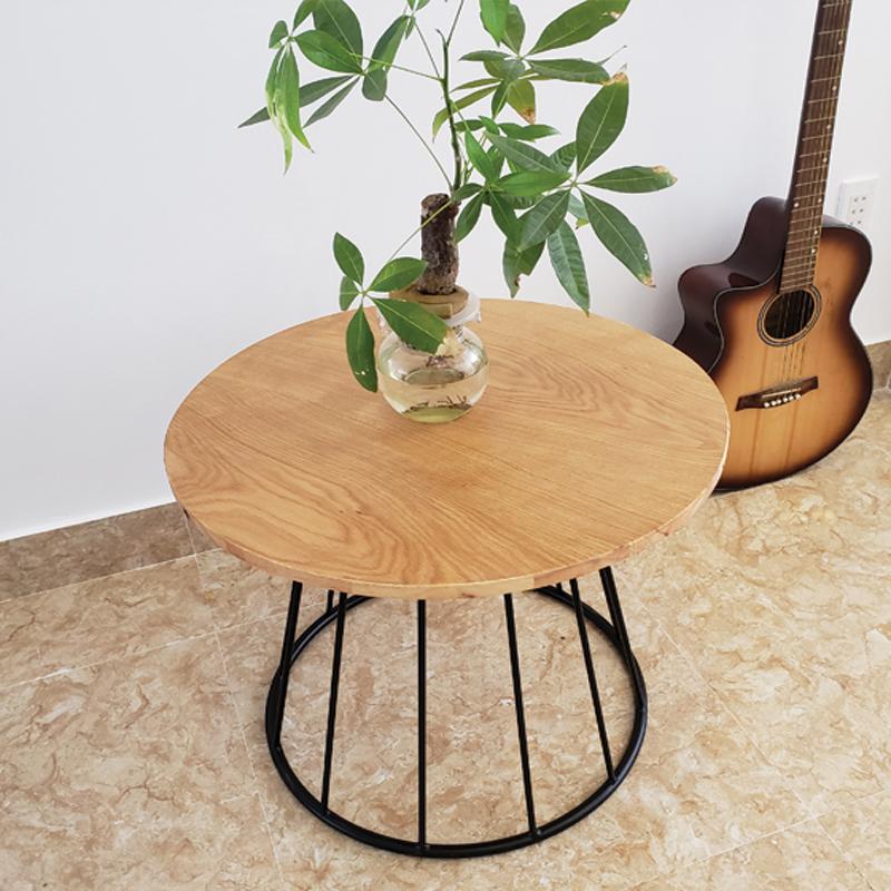 mẫu bàn tròn chân sắt sơn tĩnh điện