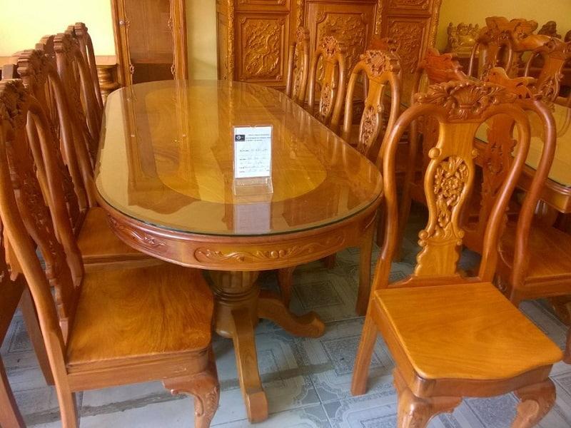Bàn ăn 8 ghế gỗ gõ đỏ có thiết kế sang trọng