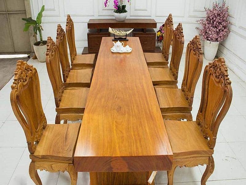 Bàn ăn 8 ghế phù hợp với mọi không gian