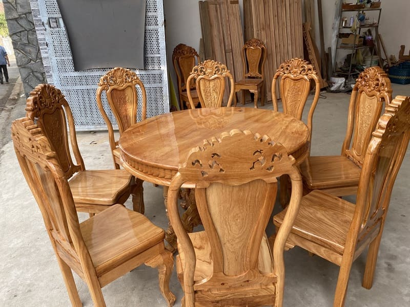 Bộ bàn ăn 8 ghế gỗ gõ đỏ có độ bền cao