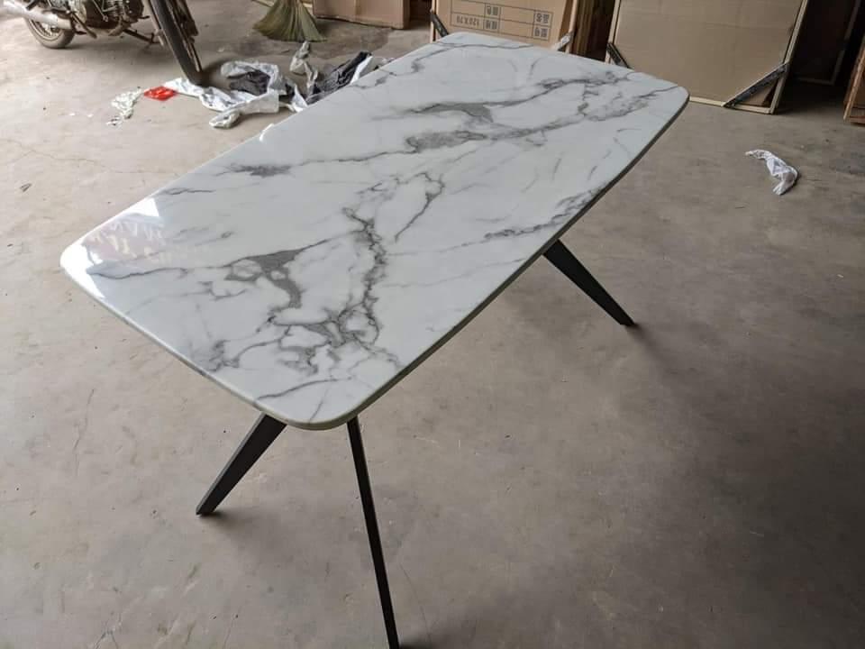 mặt đá Ceramic trắng vân mây 3D to