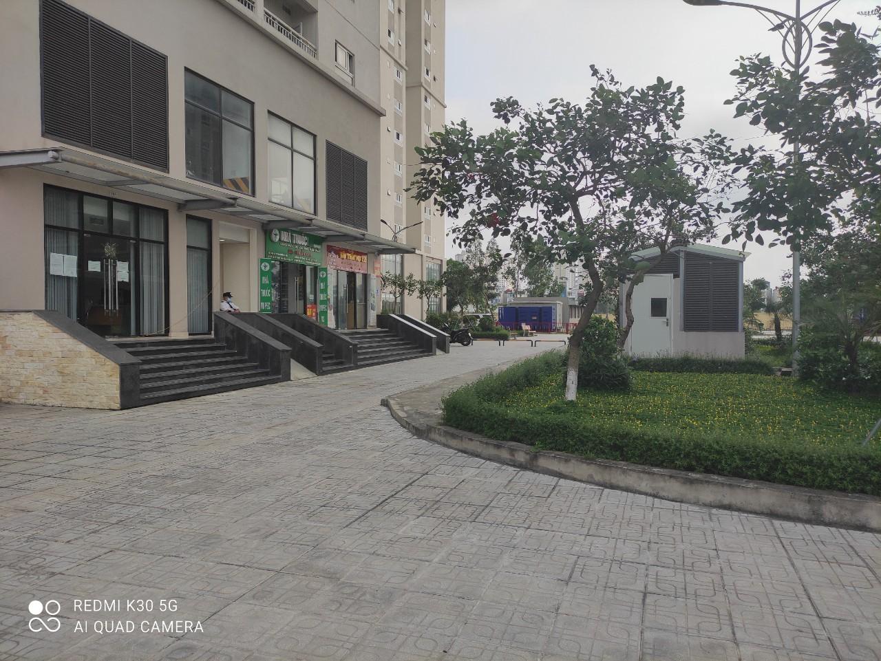 hình ảnh khuôn viên Mipec Kiến Hưng