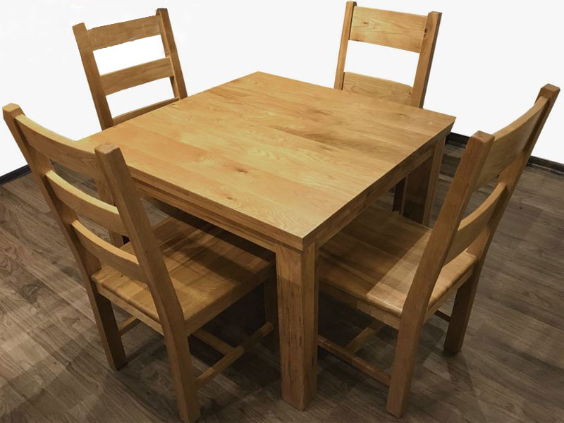 Trước khi mua hay kiểm tra chất lượng của bàn ăn.