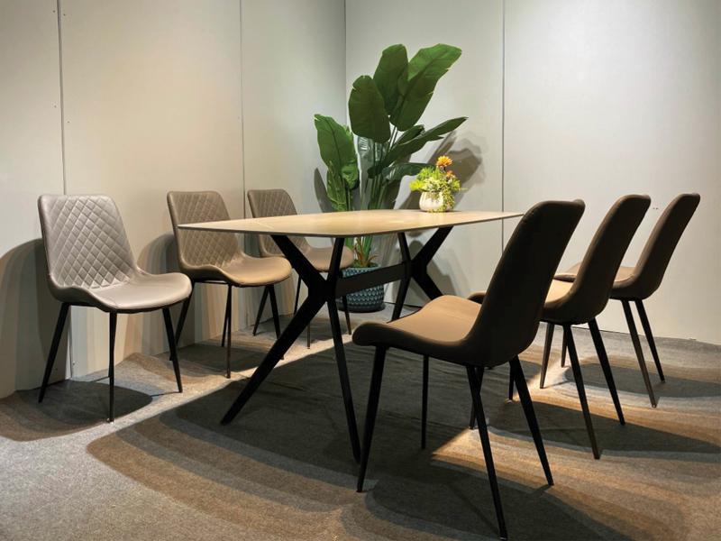 mẫu bàn ghế nhập khẩu cao cấp A2