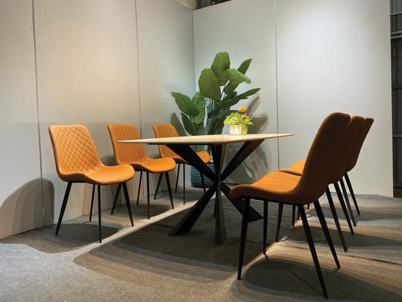 thiết kế dòng bàn ghế theo phong cách nội thất tân cổ điển