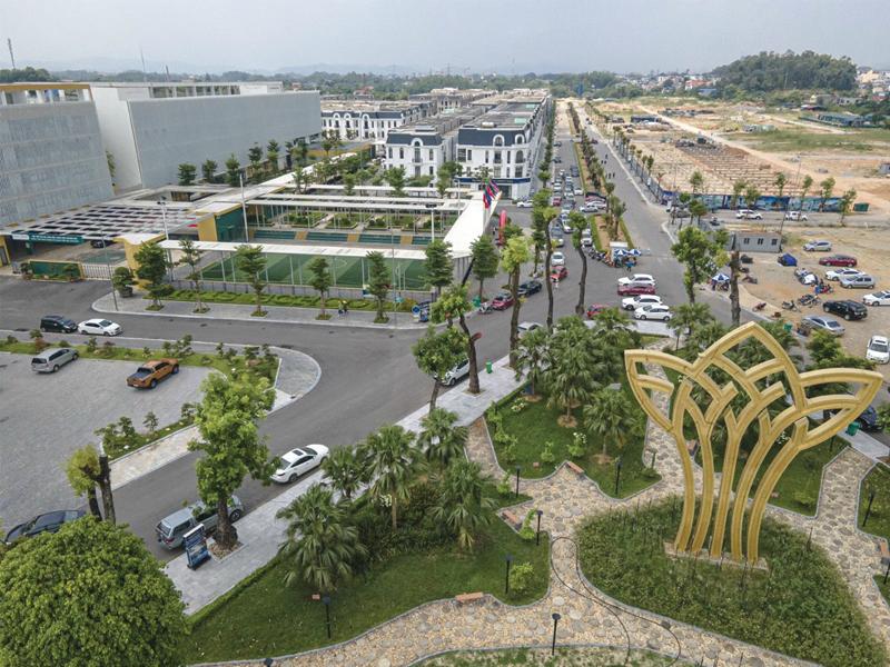 khu cổng vào dự án
