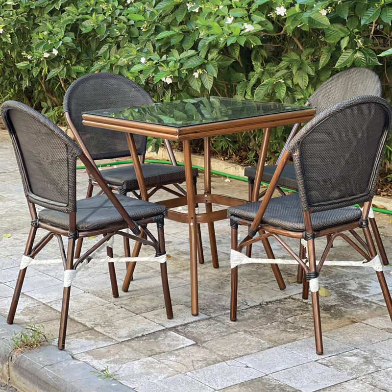 Bộ bàn vuông 4 ghế sân vườn